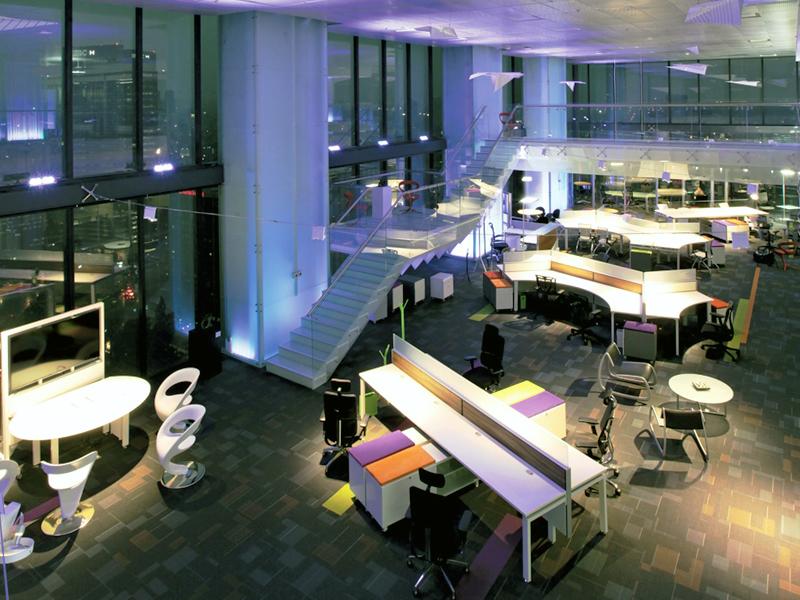 VonHaucke Showroom primer proyecto de oficinas en certificarse LEED Nivel Platino en la categoría Interiores Comerciales.